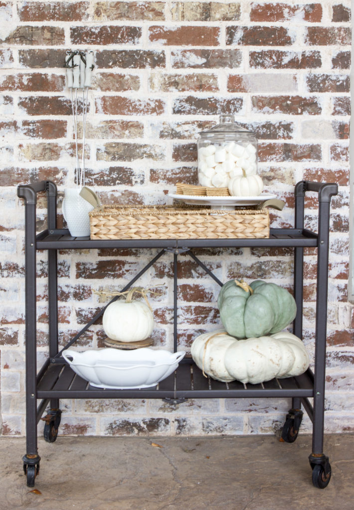Outdoor S'mores Bar Cart Styled for Fall. The best outdoor s'mores bar cart ideas for how to make your fall entertaining a breeze. #barcart #s'mores #fallparty